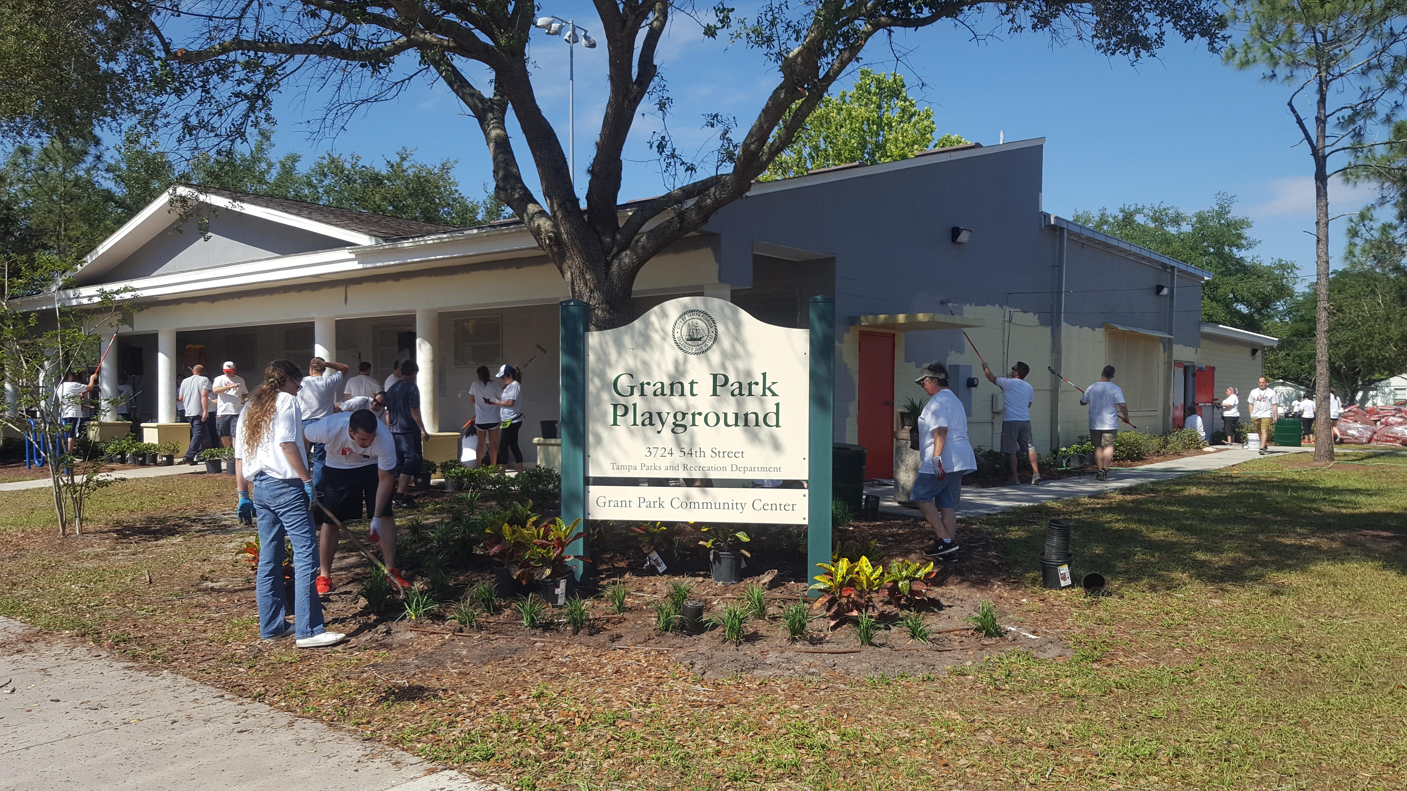 Tampa Bay Buccaneers Service Day - United Way Suncoast