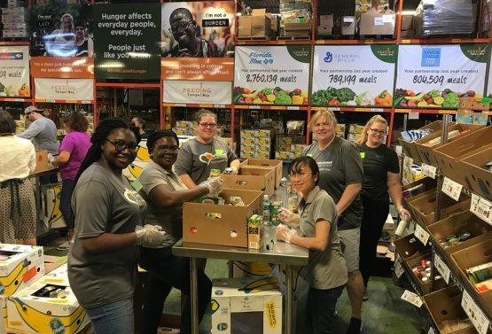 Young Leaders' Society Volunteer Night at Feeding Tampa Bay